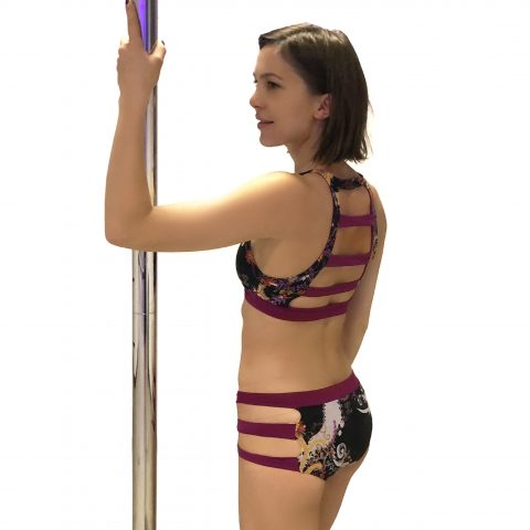 Completino pole dance